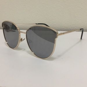 Accessories - Gold Frame Cat Eye Sunglasses with Mirror Lenses